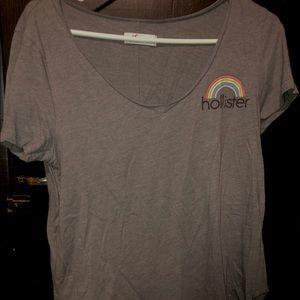 Hollister gray rainbow t-shirt